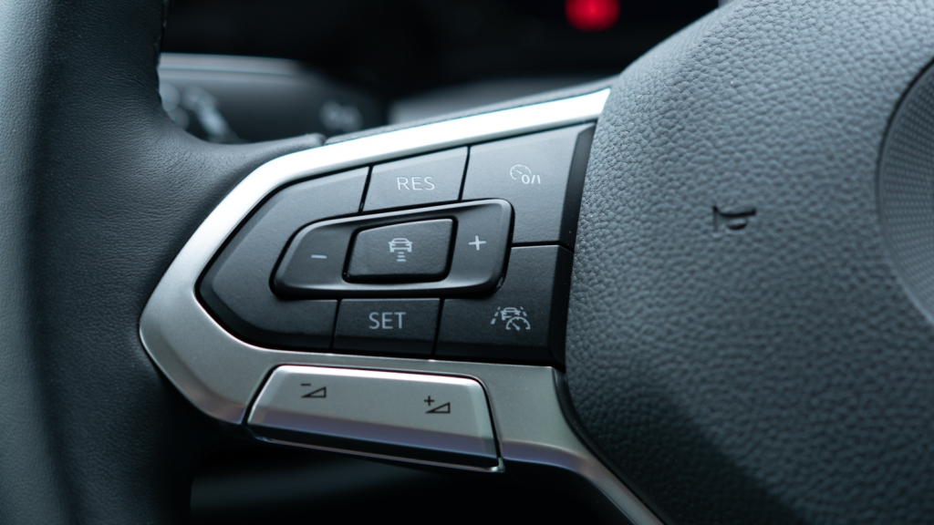 Photo of the cruise control controls